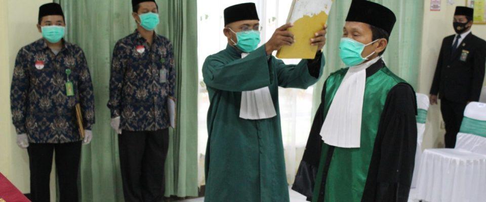 Pelantikan dan Pengambilan Sumpah Wakil Ketua Pengadilan Agama Sanggau