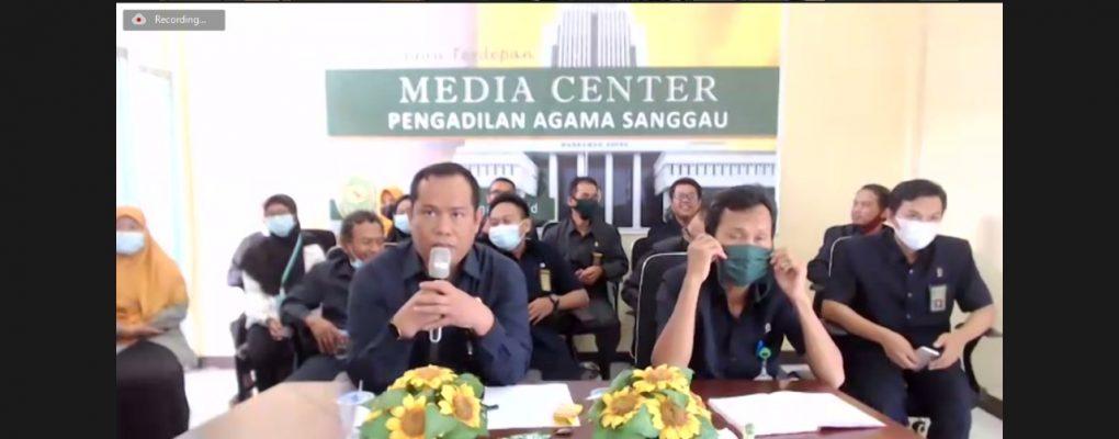 Pimpinan, Hakim dan Pegawai PA Sanggau Ikuti Halal Bihalal Virtual